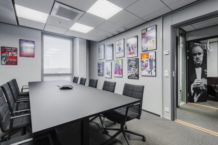 Reddit It Meeting Room Names